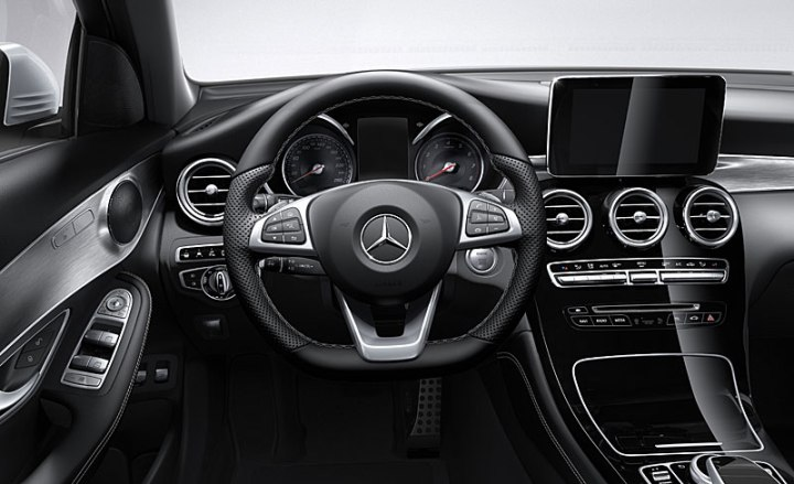 mercedes glc 300 4matic interior