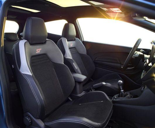 2017-Ford-Fiesta-ST-5
