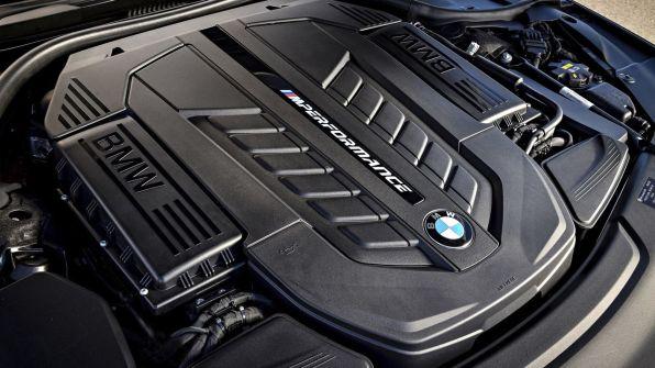 BMW M7 7