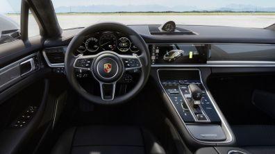 Porsche Panamera Turbo S E Hybrid 3