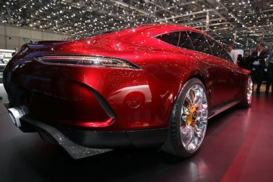 Mercedes-AMG-GT4-5