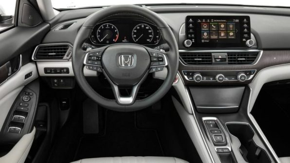 2018-honda-accord-touring-interior