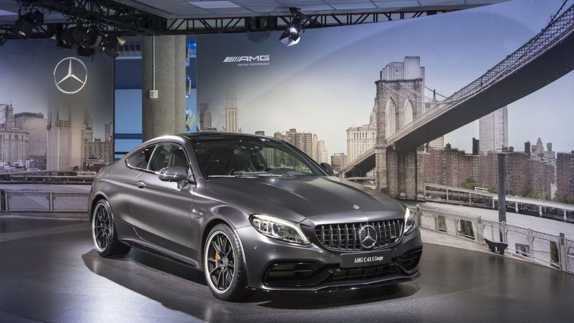 Mercedes-AMG C63 postaje hibrid s pogonom 4×4