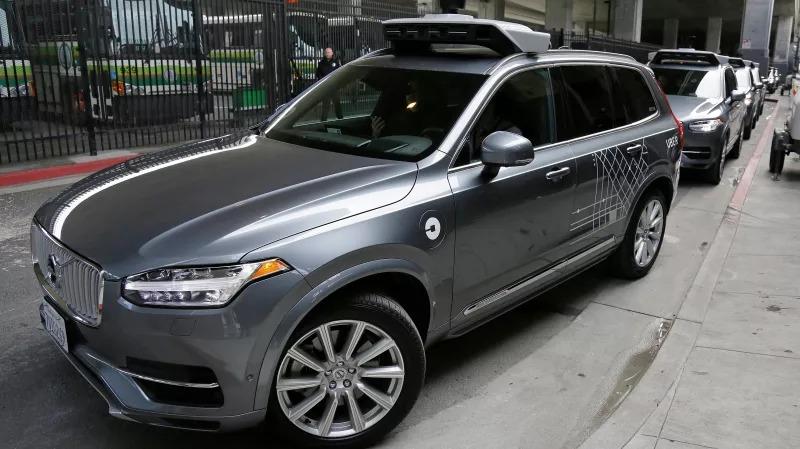 Uberov samovozeći automobil primijetio pješakinju ali nije reagirao