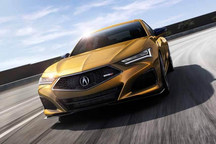 Acura TLX второго поколения: новые двигатели и платформа, а также подушка в виде бейсбольной перчатки