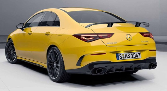 Mercedes-AMG CLA в заводском комплекте