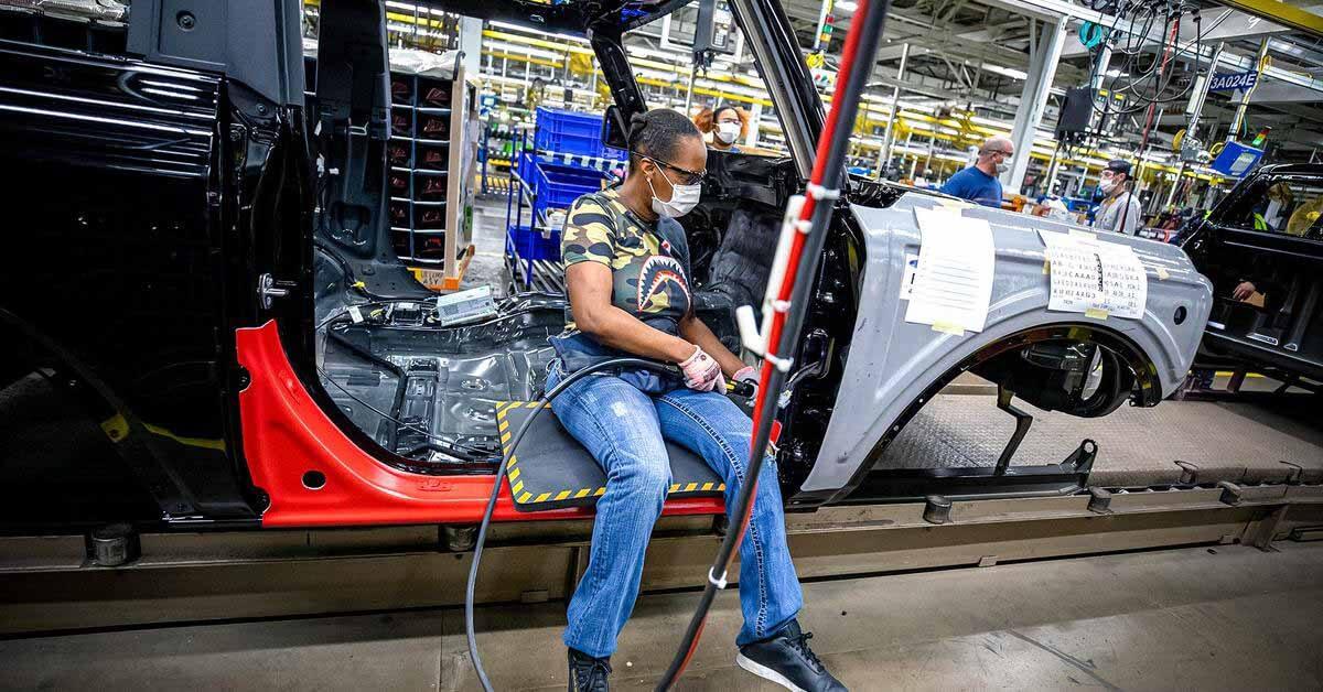 Подсчитано, сколько денег мировая автомобильная промышленность потеряет из-за нехватки чипов - Motor