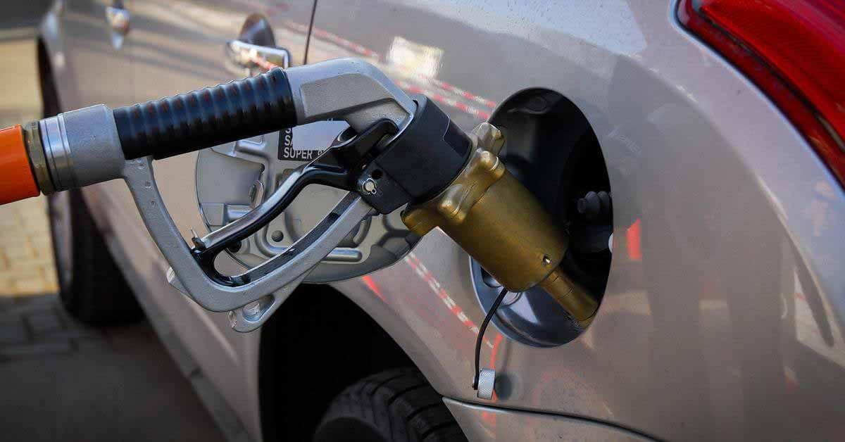 Российский суд запретил продавать на вторичном рынке автомобили, заправленные некачественным бензином