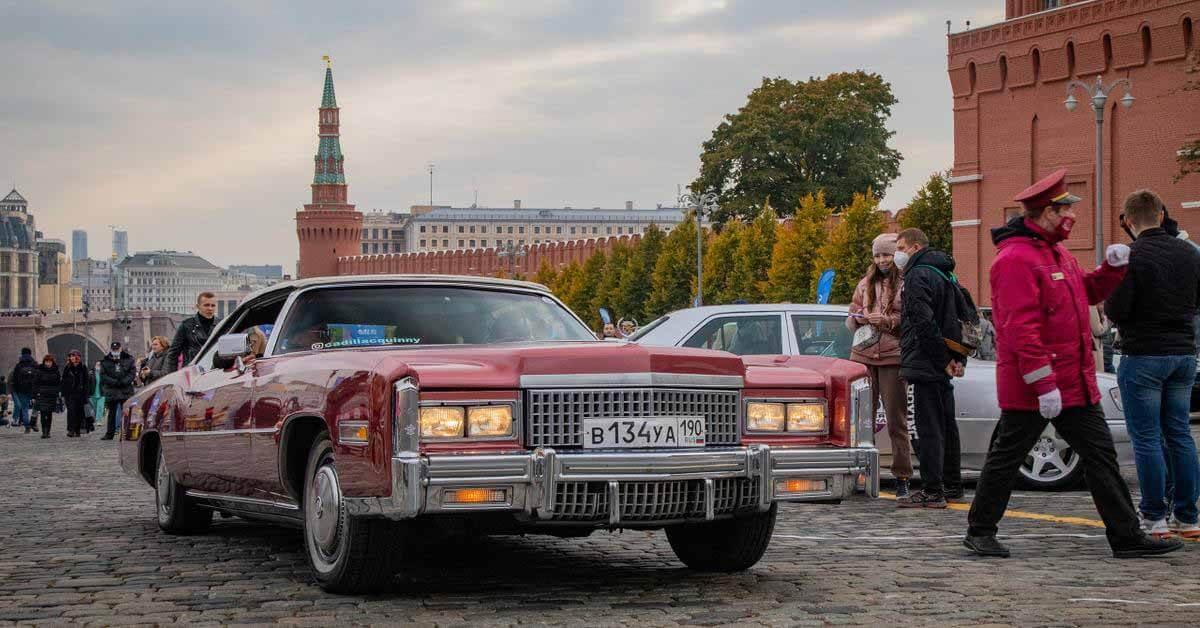 Самые интересные автомобили ралли «Большая прогулка».