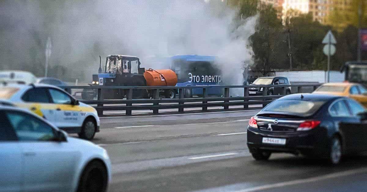 В Москве снова загорелся электробус.  Это третий случай за месяц - Мотор