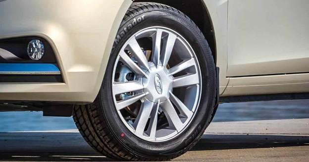 АвтоВАЗ считает, что недостатка в запчастях для автомобилей Lada нет - Motor
