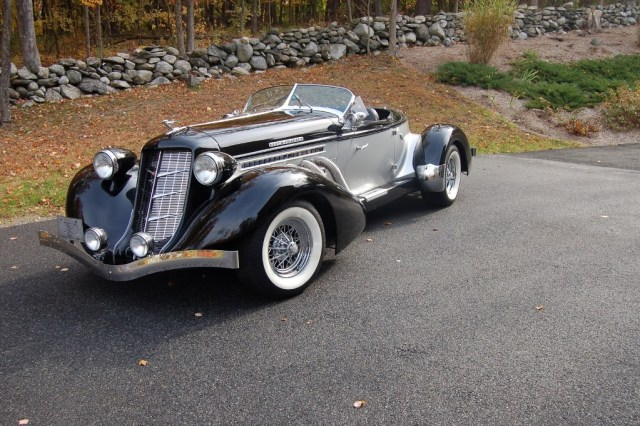 Auburn Boattail (1936) Speedster