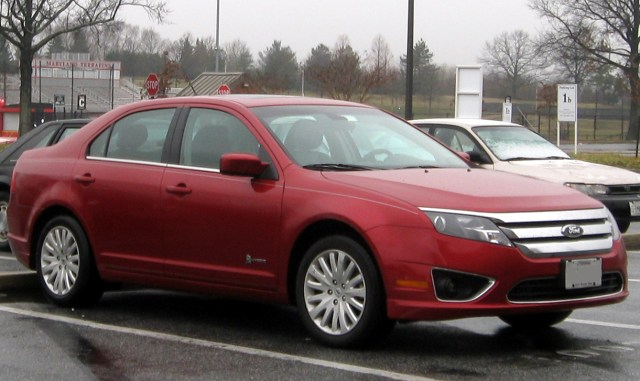 Ford Fusion(2010-2012)