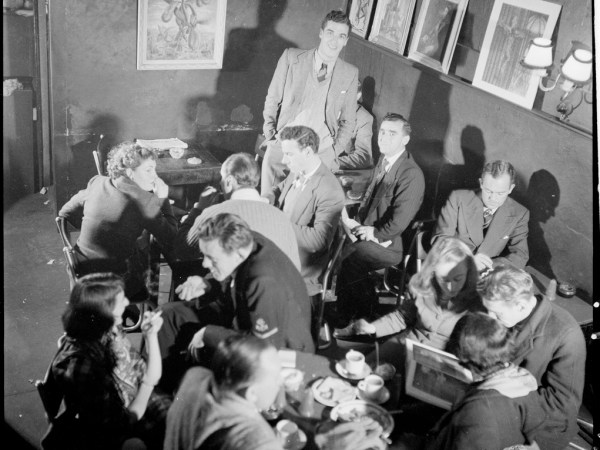 John Barry, proprietor (standing at rear) from Lincoln Coffee Lounge & Cafe, Rowe Street, Sydney / photographed by Brian Bird c. 1948-1951