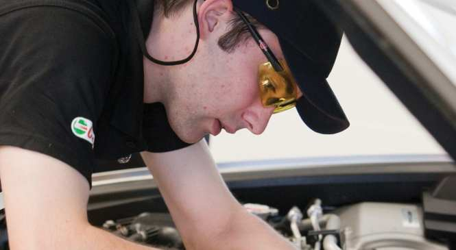 IMI reveals 15% drop in apprenticeships since Levy introduced