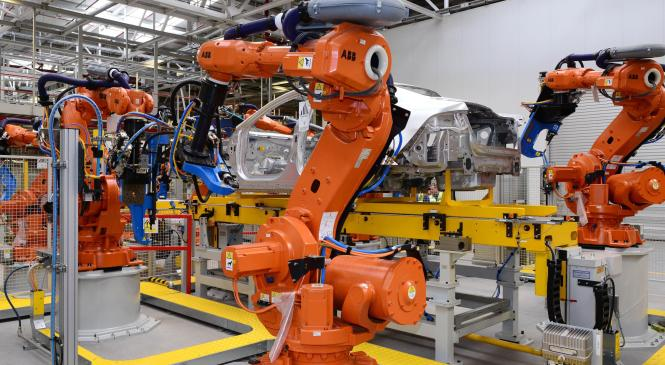 Manufacturing and investment in automotive industry falls