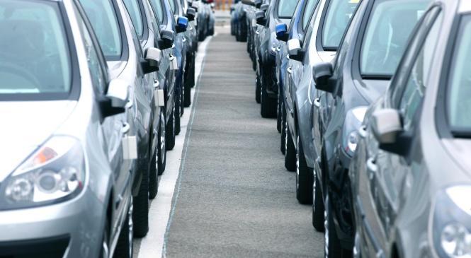 UK car market falls again in April as AFV registrations grow
