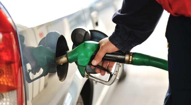 UK urged to bring forward petrol and diesel ban