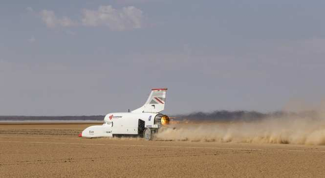 Bloodhound returns to UK after 600mph run
