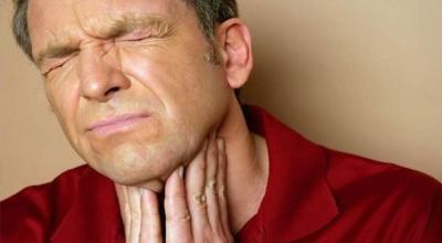 sintomas-de-dolor-de-garganta-causas-remedios-caseros