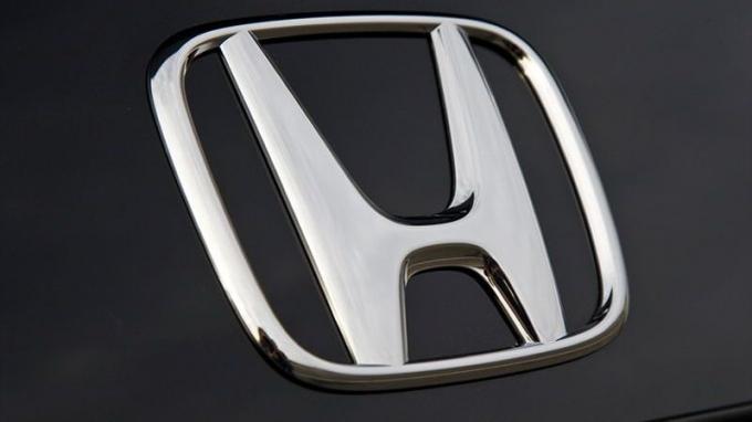 Новые моторы Honda: «как пакет молока»