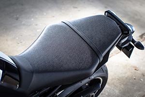 Moto_Yamaha_MT_44.jpg