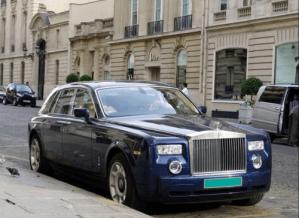 Rolls-Royce-Phantom-stilnyi-aristokrat