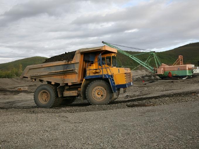 Маневренность и соотношение цена/качество 45-тонных БЕЛАЗов устраивают золотодобытчиков куда больше, чем собственно качество карьерных самосвалов, выпускаемых на заводе под Минском