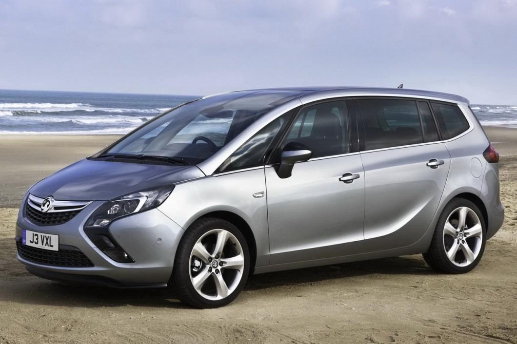 Opel Zafira получила молодежный дизайн и множество новых опций