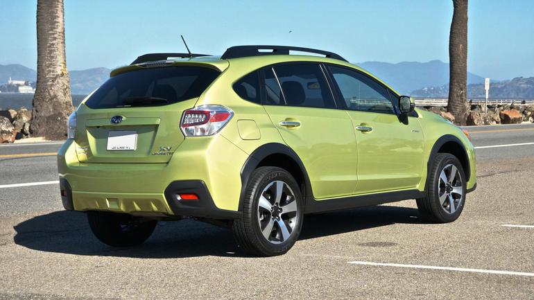 Subaru покажет в Женеве концепт второго поколения XV