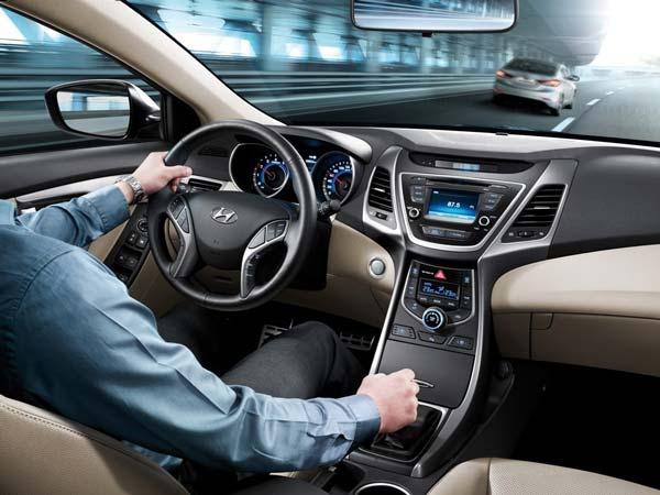 Салон Hyundai Elantra 2015-2016 модельного года