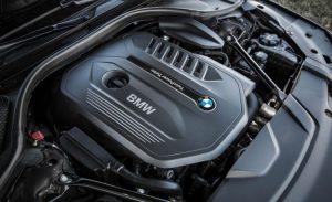 2016-BMW-740i-179-876x535-750x458
