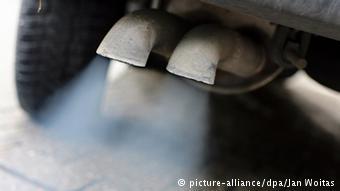 Выхлопная труба дизельного автомобиля