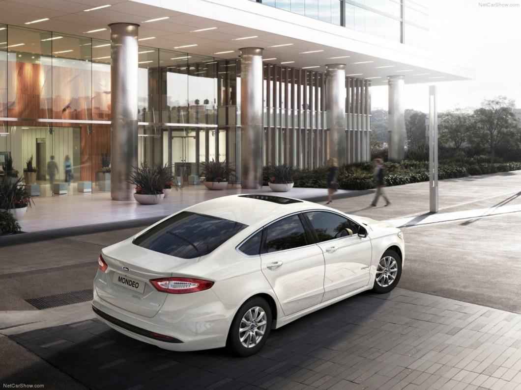 Ford-Mondeo_Hybrid-2015-1600-0b.jpg