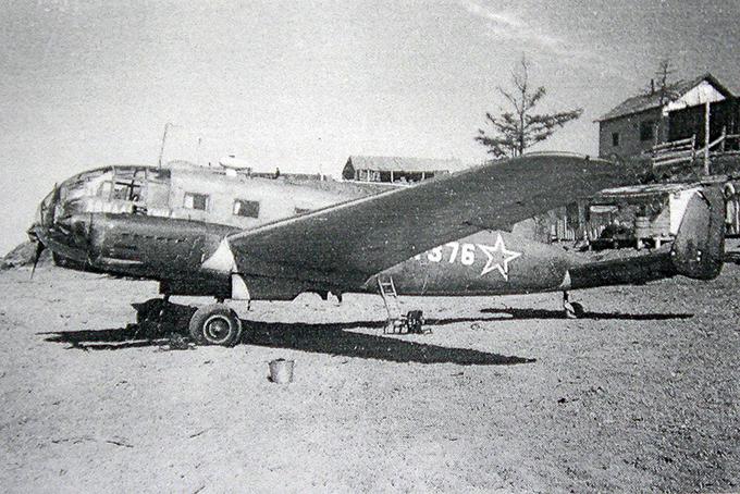 Всоветское время до 1958-го надКолымой, кроме военных, летали лишь самолеты «Дальстроя» НКВД, вроде этого трофейного транспортника Siebel C-204, обломки которого лет десять назад нашел один из жителей Среднеколымска