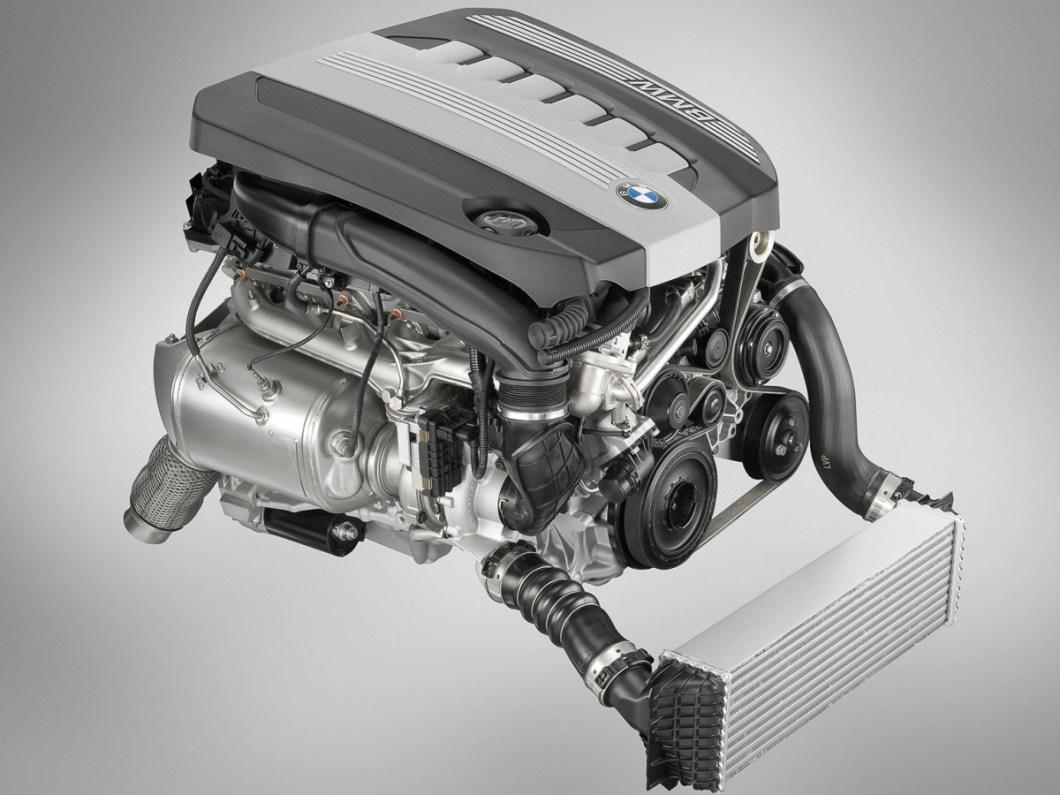 BMW-5-Series-2011-1600-e4.jpg