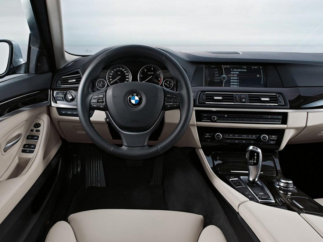 BMW-5-Series-2011-1600-b1.jpg