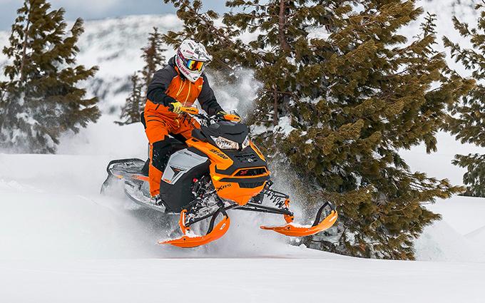BRP Ski-Doo Renegade X-RS 900 ACE Turbo: Адреналинщик