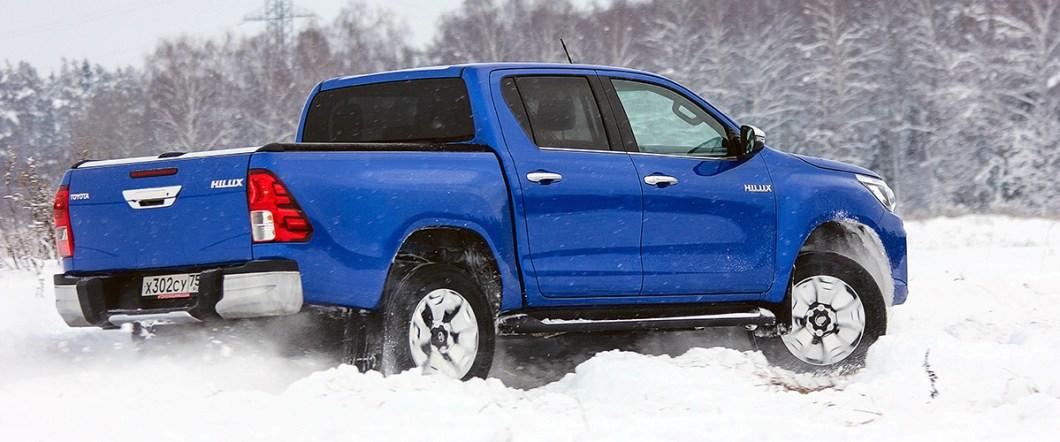Toyota Hi-Lux 2,8 6AT Comfort