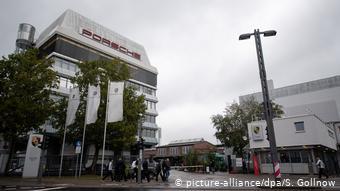 Головной завод Porsche в Штутгарте-Цуффенхаузене