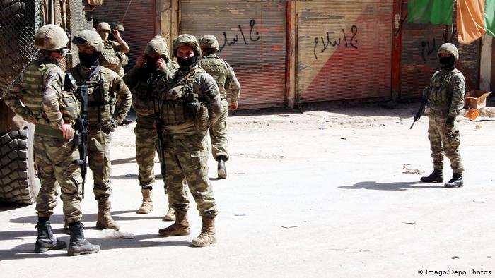 Турецкие солдаты в Африне