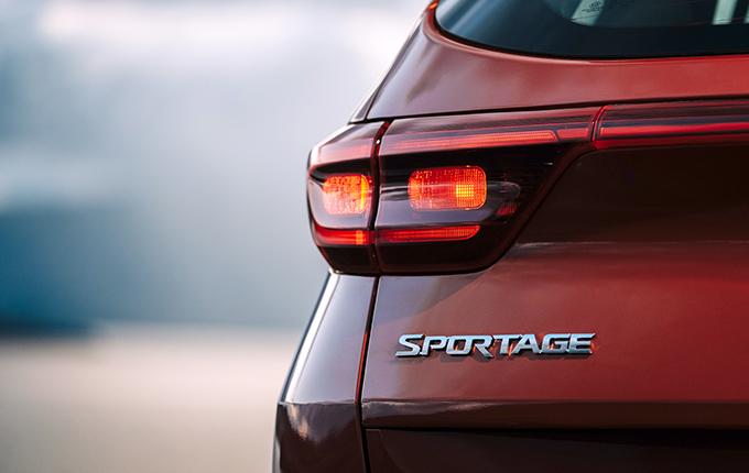 Kia Sportage 2.0 6МТ 4WD