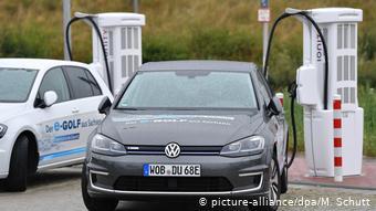 Электрозаправок в Германии еще мало