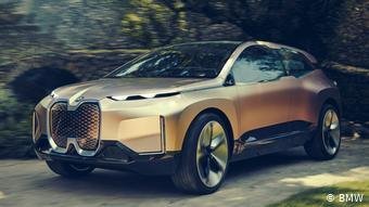 Внедорожник BMW iNEXT