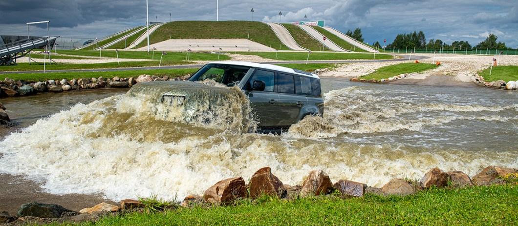 Land Rover Defender L663_05