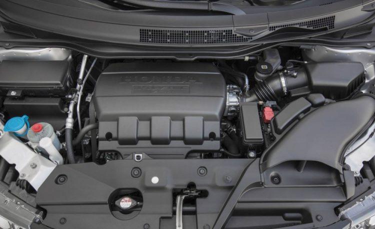 2,4-литровый 175-сильный бензиновый двигатель с крутящим моментом 225 Нм