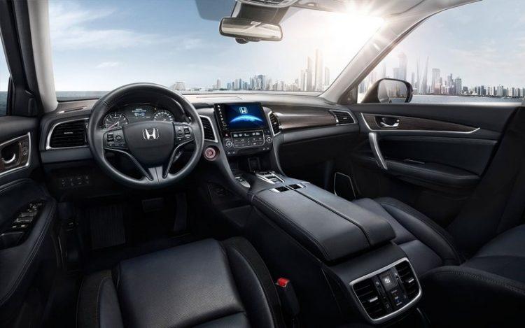 Технические характеристики Хонда Авансир 2016-2017