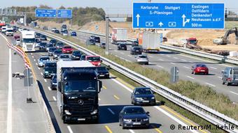 Тестирование автономного вождения грузовика Daimler в реальных условиях в 2015 году