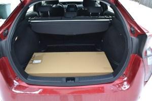 Багажник достаточно вместительный.