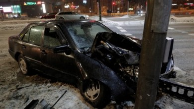 Photo of В Хааберсти водитель врезался в светофор и сбежал